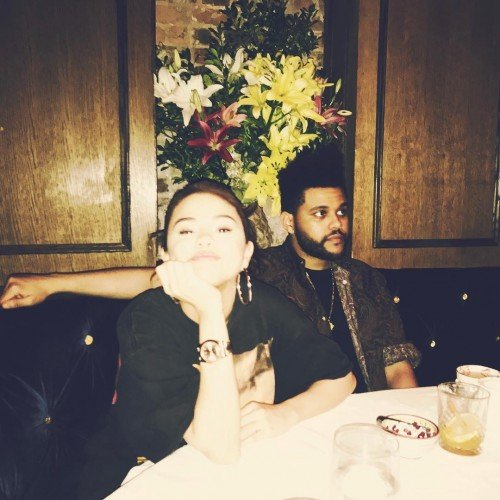 Стала известна причина разлуки Селены Гомес иThe Weeknd