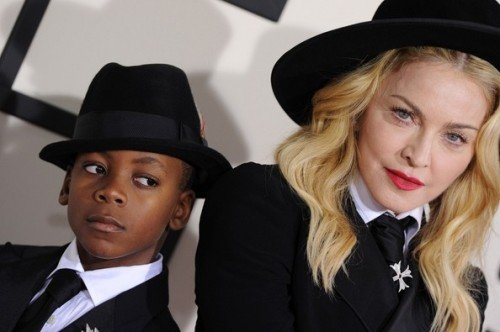 Madonna+David+Banda+Ritchie+Arrivals+Grammy+UXXX4A0Ldbal[1]