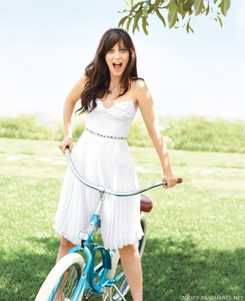 zooey-deschanel-manic-pixie-dream-girl[1]