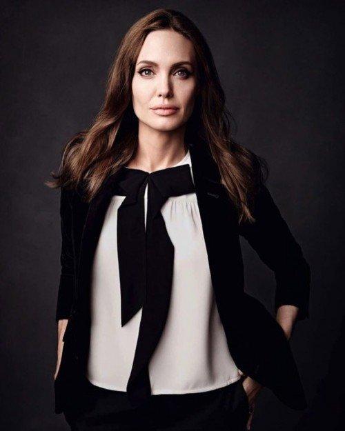 Анджелина Джоли рассказала, как прожить жизнь не впустую