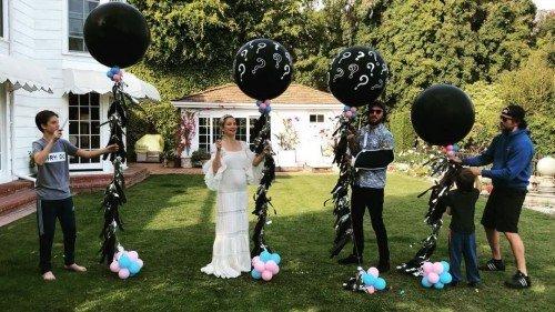 Кейт Хадсон объявила о беременности и рассекретила пол ребенка
