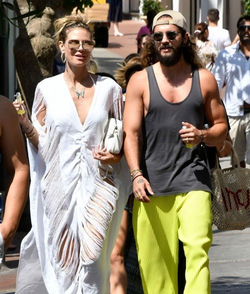 Heidi Klum And Tom Kaulitz Out And About On Capri Italy