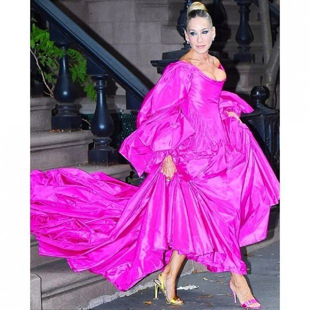 Сара Джессика Паркер шокировала публику платьем
